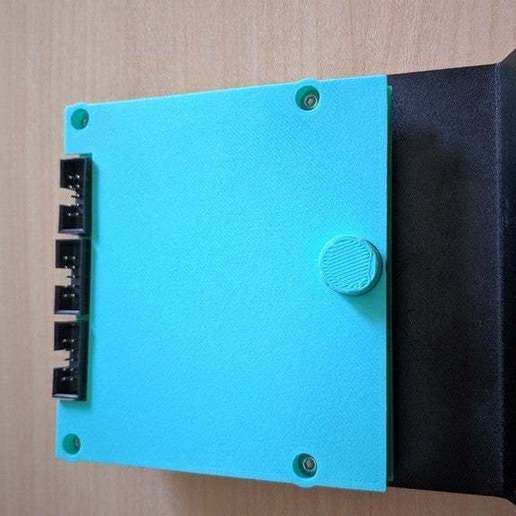 Download free STL file Carcasa LCD para Ender 3 / LCD cover for Ender 3, ymagine