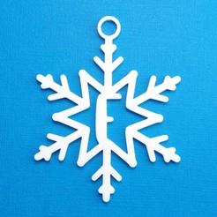 FSnowflakeInitialGiftTag3DPhoto.jpg Télécharger fichier STL Lettre F - Décoration de l'étiquette cadeau initiale du flocon de neige • Objet pour impression 3D, CBDesigns