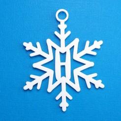 HSnowflakeInitialGiftTag3DPhoto.jpg Télécharger fichier STL Lettre H - Décoration de l'étiquette cadeau initiale du flocon de neige • Objet imprimable en 3D, CBDesigns
