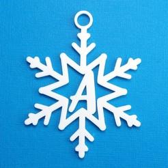 ASnowflakeInitalGiftTag3DPhoto.jpg Télécharger fichier STL Lettre A - Décoration de l'étiquette cadeau initiale du flocon de neige • Design à imprimer en 3D, CBDesigns
