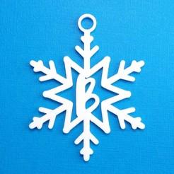 BSnowflakeInitialGiftTag3DPhoto.jpg Télécharger fichier STL Lettre B - Décoration de l'étiquette cadeau initiale du flocon de neige • Plan pour impression 3D, CBDesigns