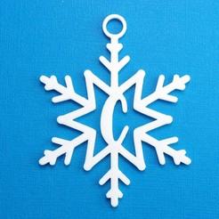 CSnowflakeInitialGiftTag3DPhoto.jpg Télécharger fichier STL Lettre C - Décoration de l'étiquette cadeau initiale du flocon de neige • Plan pour imprimante 3D, CBDesigns