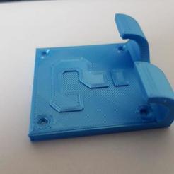 photo_2020-08-26_08-32-50.jpg Télécharger fichier STL gratuit Soutien aux rasoirs (mario box) • Plan imprimable en 3D, ThisIsNotMyNick