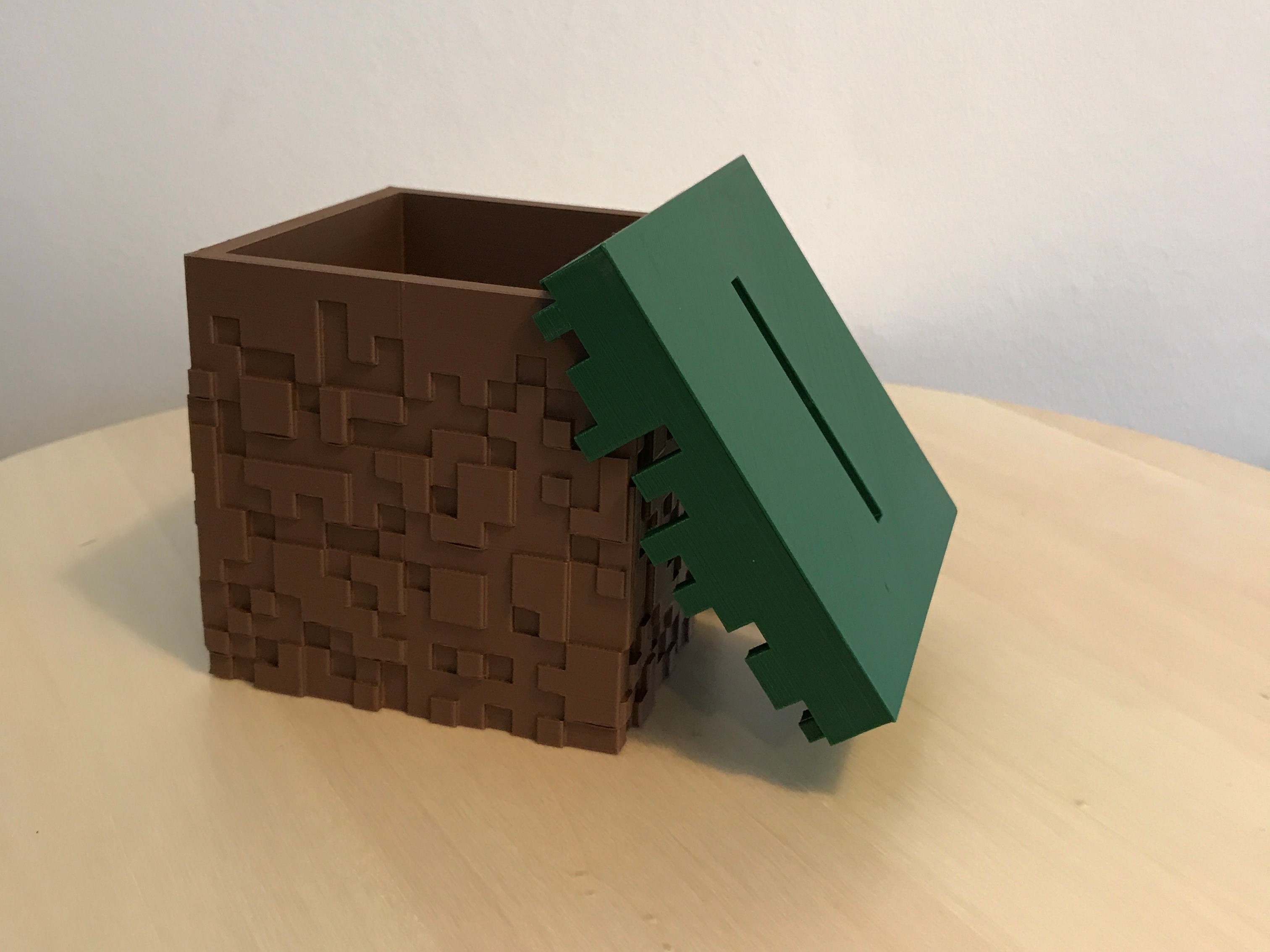 03.jpg Download free STL file Minecraft Grass Block Money Bank • 3D printing template, the3dsmith