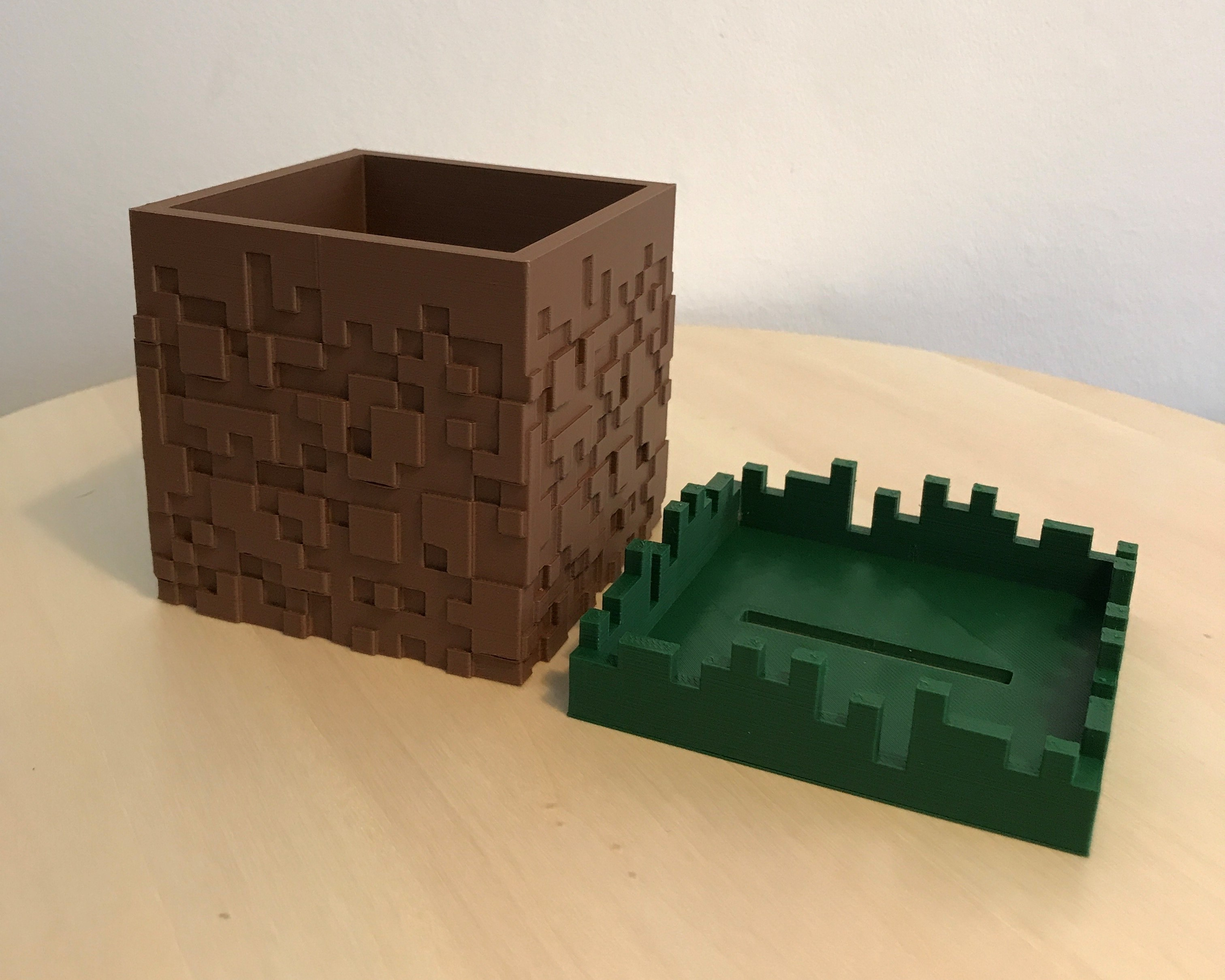 01.jpg Download free STL file Minecraft Grass Block Money Bank • 3D printing template, the3dsmith
