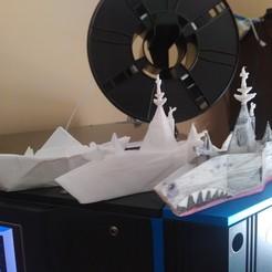 y.jpg Download STL file Futurist Frigate • 3D printable design, enterpoetizer_3d