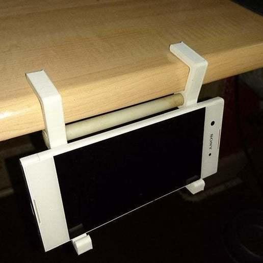 DSC_0485.JPG Download free STL file Parametric mobile phone shelf clip • Model to 3D print, Terahurts3D