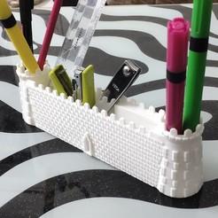 IMG_20200928_143601.jpg Télécharger fichier STL Pot de bureau à la porte du château • Modèle imprimable en 3D, FutureDesigns