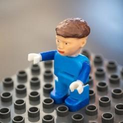 duplo_figure_1_stand.jpg Télécharger fichier STL Petite figurine d'homme compatible avec LEGO Duplo • Objet à imprimer en 3D, vchalupnik