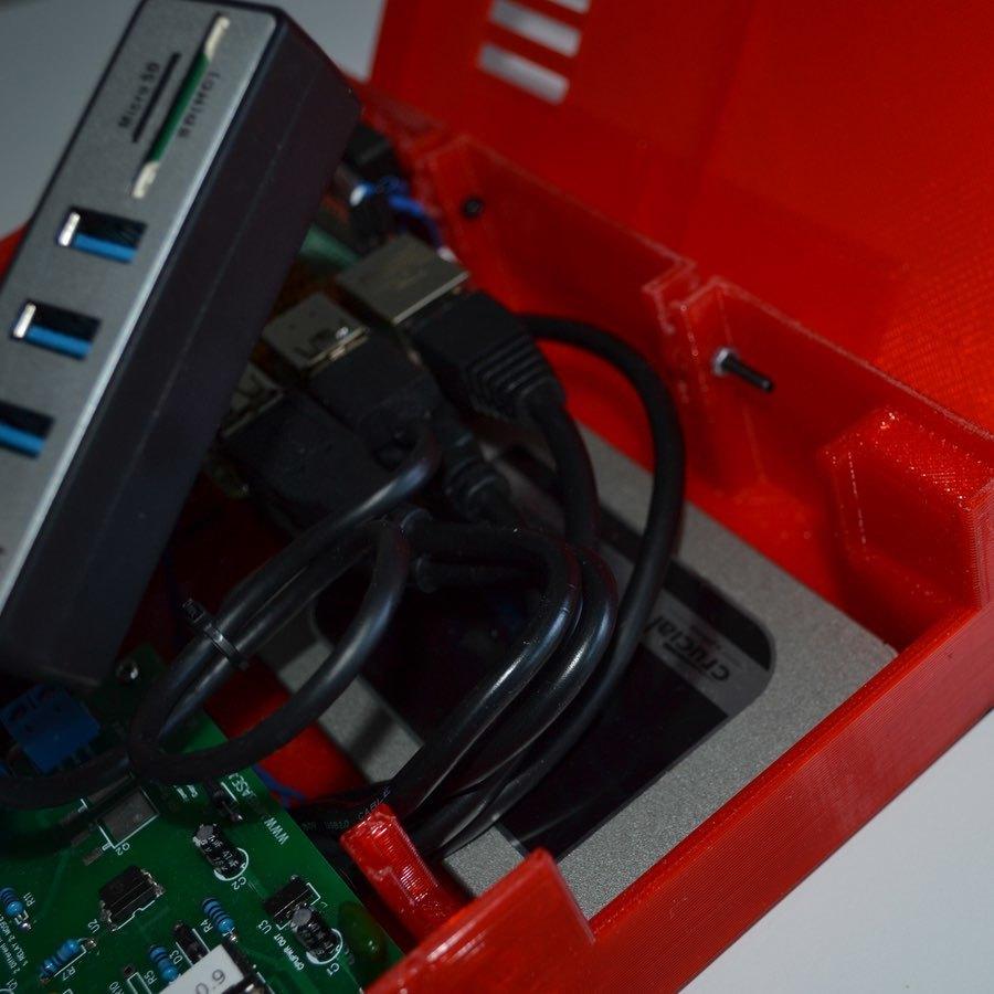 xpi_027.jpg Download STL file Raspberry Pi 4 case XPI • 3D printing template, Steenberg