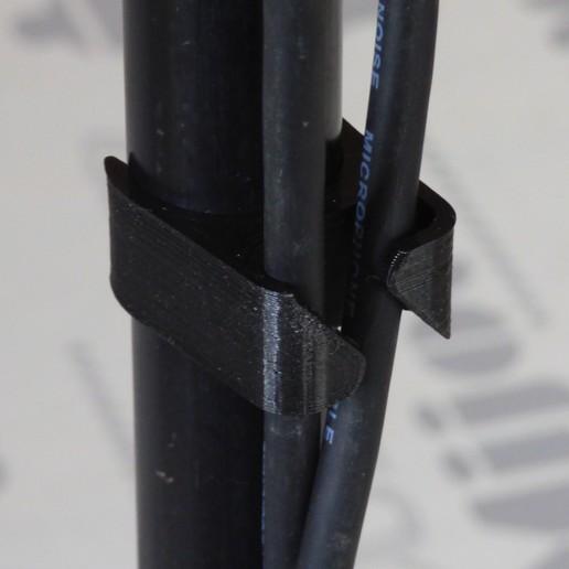 passe cable p2c.JPG Télécharger fichier STL gratuit Passe câble pour pied de micro diamètre 22 mm • Modèle pour imprimante 3D, daniellecoq