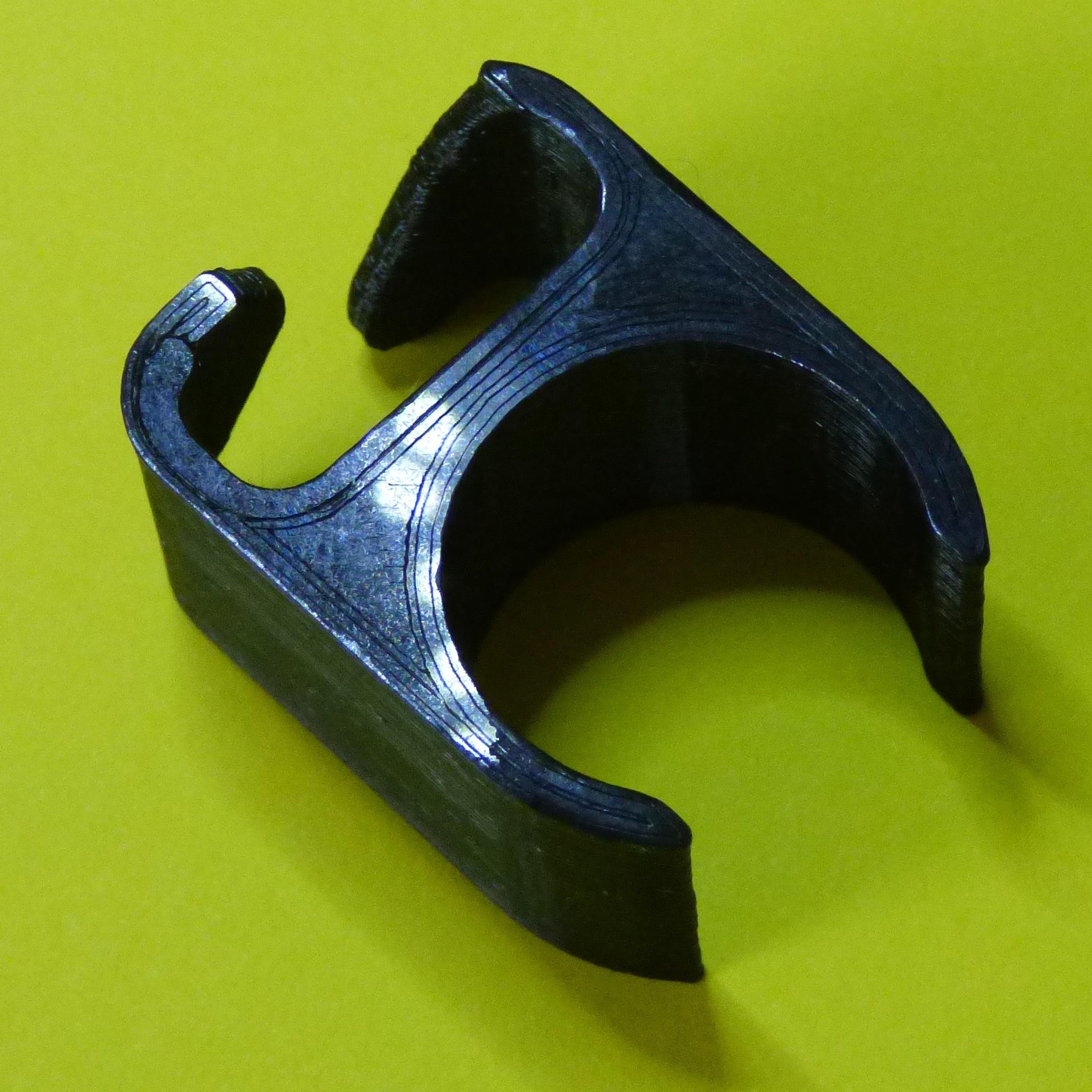 passe cable.JPG Télécharger fichier STL gratuit Passe cable pour pied de micro diam 20mm • Design pour imprimante 3D, daniellecoq
