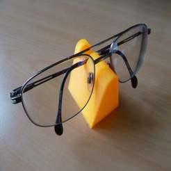 P1020346.JPG Download free SCAD file Stand for glasses/spectacles (OpenSCAD design) • 3D print design, david_jenkins