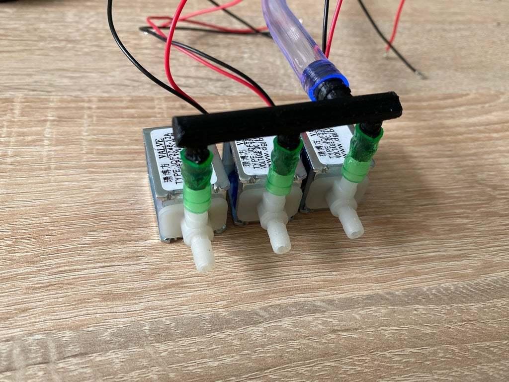 IMG_0807.jpg Télécharger fichier STL gratuit Electrovanne à 4 voies, connecteur de tuyau, adaptateur de mise à la terre pour l'arrosage des fleurs • Modèle pour impression 3D, Thymos