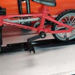 Télécharger fichier STL gratuit Porte-vélos à l'échelle 1/10 • Design à imprimer en 3D, source8