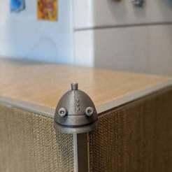 00100dPORTRAIT_00100_BURST20200209140044057_COVER.jpg Télécharger fichier 3MF gratuit Couverture d'angle (protection) : robot Josef • Design pour imprimante 3D, PhiGl