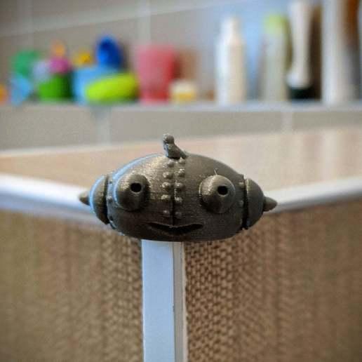 Download free 3D printer designs Corner cover (protection): robot-girl Berta, PhiGl