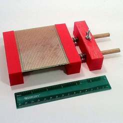 IMG_2395.JPG Télécharger fichier STL gratuit Le vice facile du PCB • Plan imprimable en 3D, mechengineermike