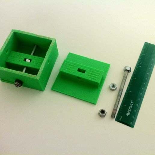 IMG_2655.JPG Télécharger fichier STL gratuit Platine de microscope USB et support de trépied • Design à imprimer en 3D, mechengineermike