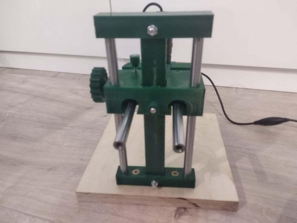 IMG_20200816_222537.jpg Download free STL file USB Microscope stand - very rigid, two axis • 3D printable template, maciejkobuszewski