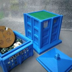 124621884_4007037219325087_8850763829309905065_o.jpg Download STL file TARDISS DECK BOX • Template to 3D print, Huitzoc