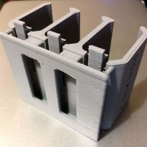 cIMG_2473.jpg Télécharger fichier STL gratuit Sony NP-FW50 3-Battery Holder avec guide de ceinture • Design pour impression 3D, KShapley
