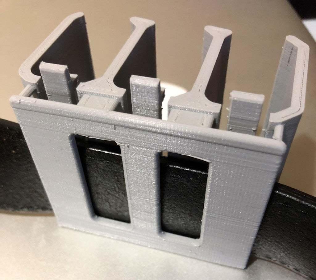 cIMG_2477.jpg Télécharger fichier STL gratuit Sony NP-FW50 3-Battery Holder avec guide de ceinture • Design pour impression 3D, KShapley