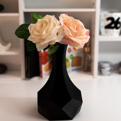 Download free 3D printer files TABLE TOP VASE, B3_3DTECH