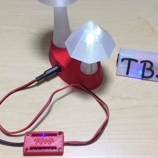 6.jpg Télécharger fichier STL gratuit Protection du boîtier Pile au lithium Module de chargement • Objet à imprimer en 3D, TB3D