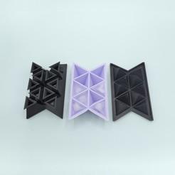 Triangular_Ice_cube_mold_1.jpg Télécharger fichier STL gratuit Bac à glaçons triangulaire • Objet imprimable en 3D, JS_Design
