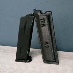 Holster_chargeur_M9.jpg Download free STL file Holster charger M9 • 3D printing design, legrobidon