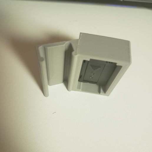 20200529_185403.jpg Télécharger fichier STL gratuit Clip de la jauge de température/humidité • Design à imprimer en 3D, iamsanman