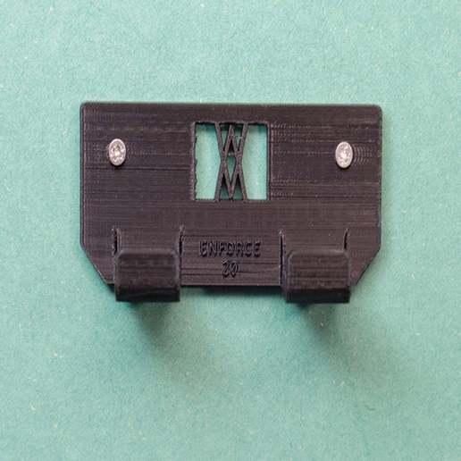 _DSC1831.jpg Download free STL file Tool Holder for Claw Hammer 20oz / for screws or peg board • 3D printer model, Wiesemann1893