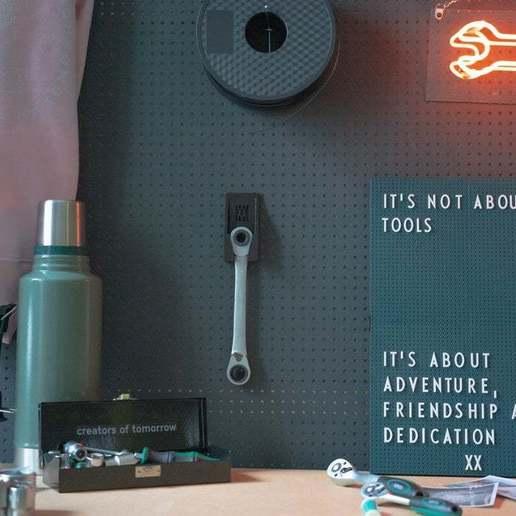 054_Foto_3.jpg Download free STL file Large 4-in-1 Ratchet Key Holder (10-19mm) 054 I for screws or peg board • 3D printable model, Wiesemann1893