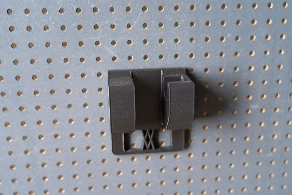 046_2.jpg Download free STL file Small Ratchet (1/4 Inch) Holder 046 I for screws or peg board • 3D printer template, Wiesemann1893