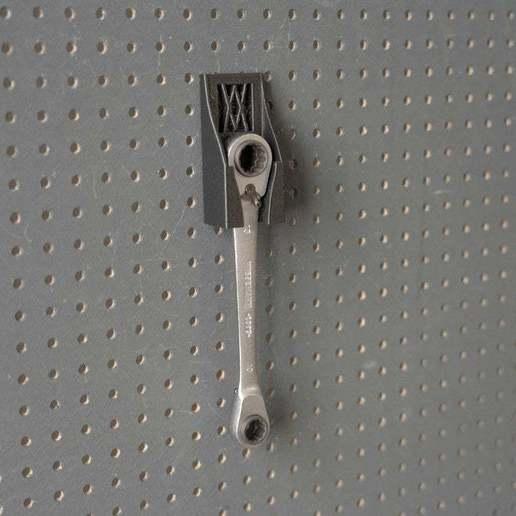 057_Foto_3.jpg Download free STL file Small 4-in-1 Ratchet Key Holder (8-13mm) 057 I for screws or peg board • 3D printable template, Wiesemann1893