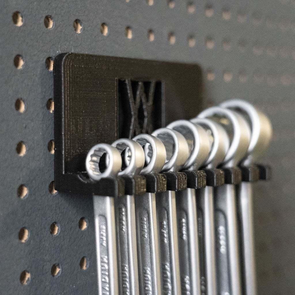 _DSC7130.jpg Download free STL file Combination Spanner Set 8pcs metric 8-19mm Wall Holder 011 I for screws or peg board • 3D printer model, Wiesemann1893