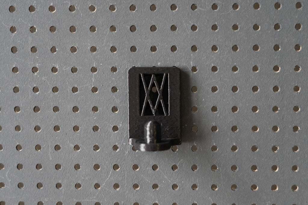 044_Foto_14.jpg Download free STL file Universal Wall Holder for 1/2 inch sockets 044 I for screws or peg board • 3D printer design, Wiesemann1893