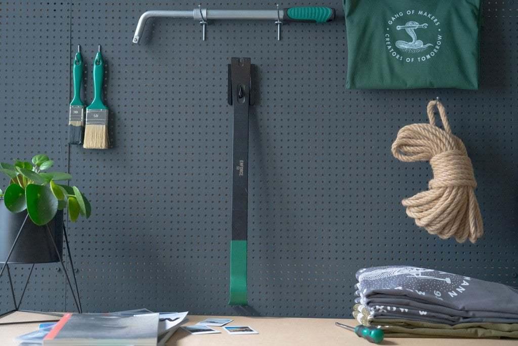 037_Foto_1.jpg Download free STL file Tool Holder for Wrecking Bar Large (530mm) 037 I ENFORCE I for screws or peg board • 3D printing object, Wiesemann1893