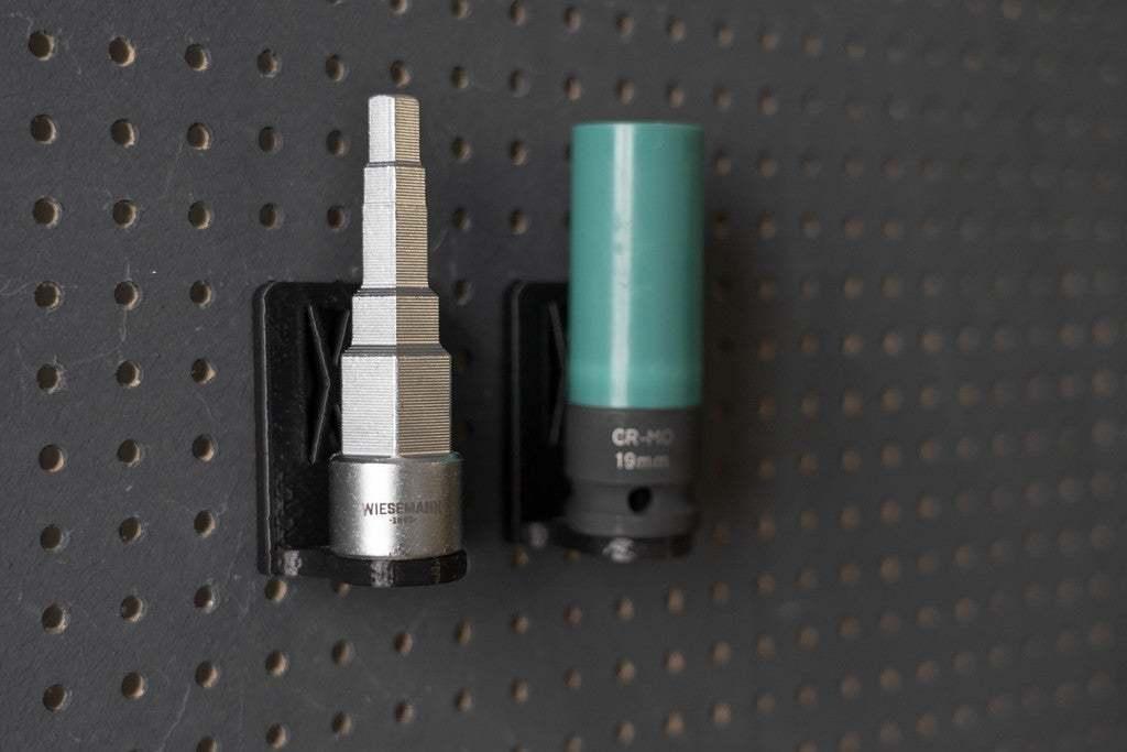 044_Foto_13.jpg Download free STL file Universal Wall Holder for 1/2 inch sockets 044 I for screws or peg board • 3D printer design, Wiesemann1893