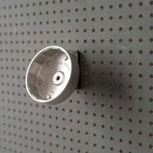 031_Foto_3.jpg Download free STL file Tool holder for oil filter socket 14 sided 031 I for screws or peg board • 3D print model, Wiesemann1893