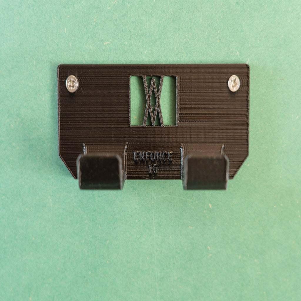 _DSC1595.jpg Download free STL file Tool Holder for Claw Hammer 16oz 034 I ENFORCE I for screws or peg board • 3D printer design, Wiesemann1893