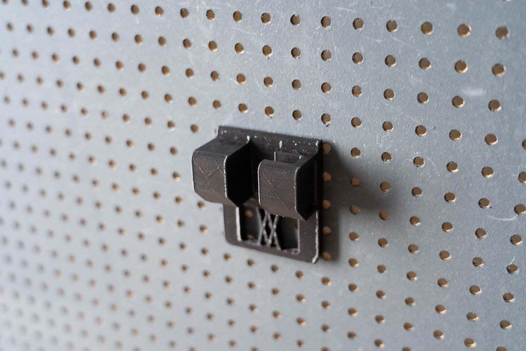 046_4.jpg Download free STL file Small Ratchet (1/4 Inch) Holder 046 I for screws or peg board • 3D printer template, Wiesemann1893