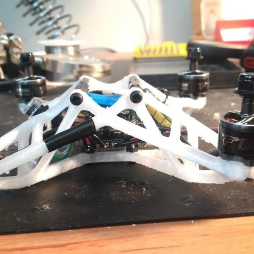 118556339_2006484746153200_8101338834626022484_n.jpg Download STL file Bionic frame 140mm • 3D print template, Rafraf199