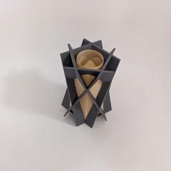 PXL_20201121_191950197.PORTRAIT.jpg Download STL file Crisscross Vase • 3D printer model, OrnjCreate