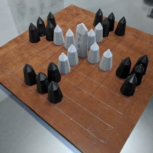 IMG_20190228_181936.jpg Download free SCAD file Hnefatafl Board Game Set • 3D printing design, terraprint