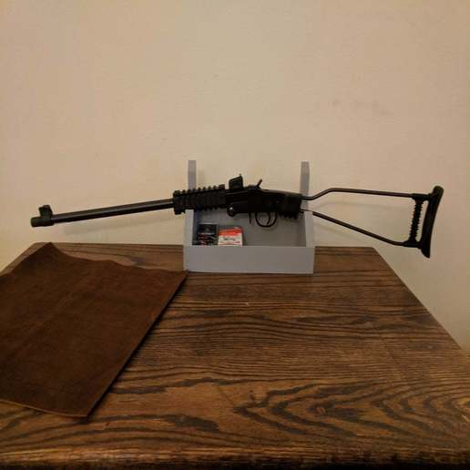 Download free SCAD file Wall Mountable Gun/Sword Rack with Shelf • Template to 3D print, terraprint