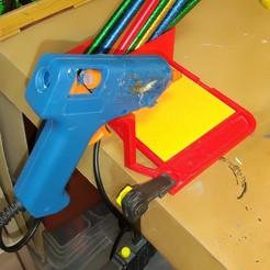 IMG_20201023_161126_145.jpg Télécharger fichier STL gratuit Porte-pistolet à colle • Objet pour imprimante 3D, Mikolynn