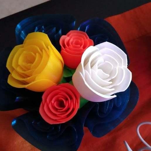 IMG_20181012_160234.jpg Télécharger fichier STL gratuit vase avec des roses • Design imprimable en 3D, Hazon_Maker