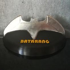 IMG_20200822_192829.jpg Télécharger fichier STL gratuit Socle de Batarang • Objet à imprimer en 3D, Quentin_Gauche